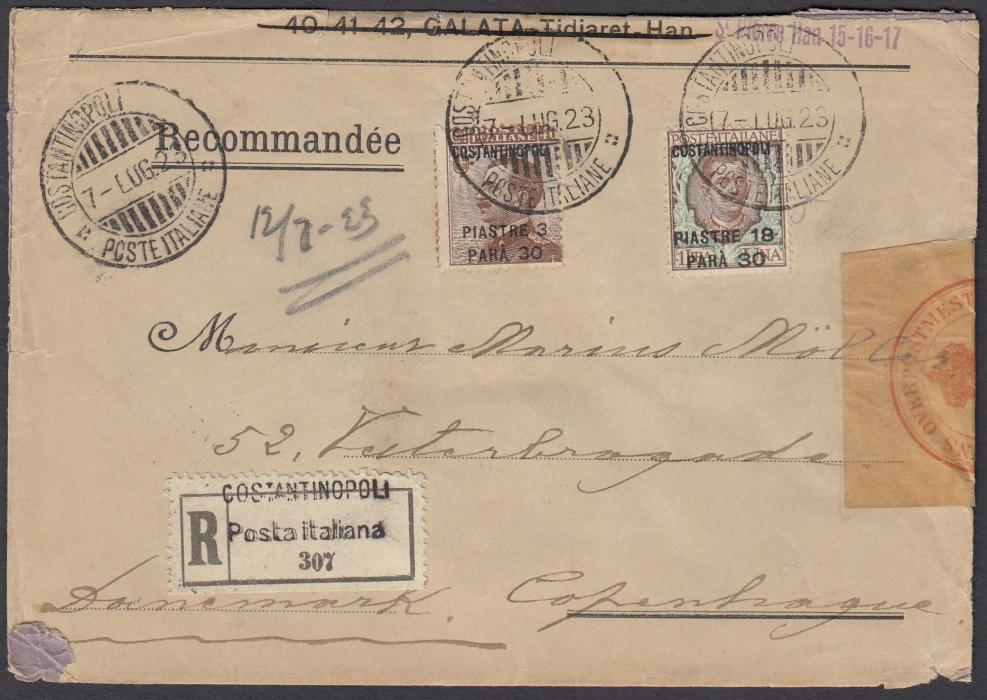 ITALIAN LEVANT 1923 (7 LUG) registered cover to Copenhagen franked 3pi. 30pa. on 40c. and 18pi. 30pa. on 1L.  tied CONSTANTINOPOLI amended cds, registration label at base, Danish Customs seal at right together with three-line handstamp and arrival cds.